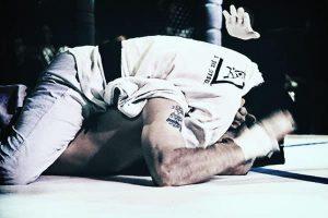 Jiu-Jitsu moves for MMA, UFC 1 Royce gracie applying RNC choke