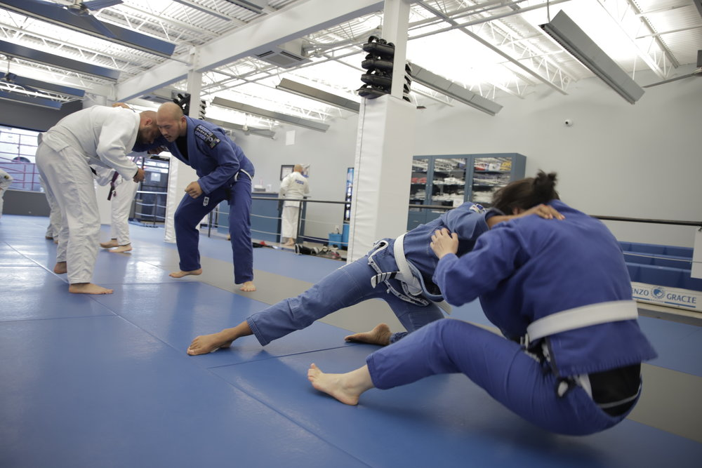 BJJ class gi - Starting BJJ: Expectations, Reality, Goals And Experiences
