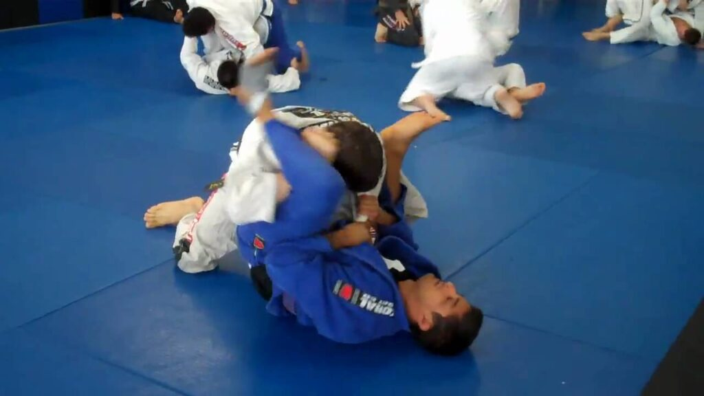 maxresdefault 2 1024x576 - Just Roll BJJ Mentality: Is Rolling Always A Good Idea?