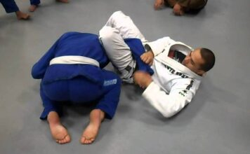 Advanced Jiu-Jitsu: Strong Foot Lock From The Omoplata